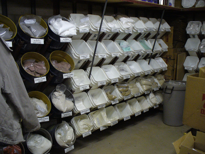 A material storage rack