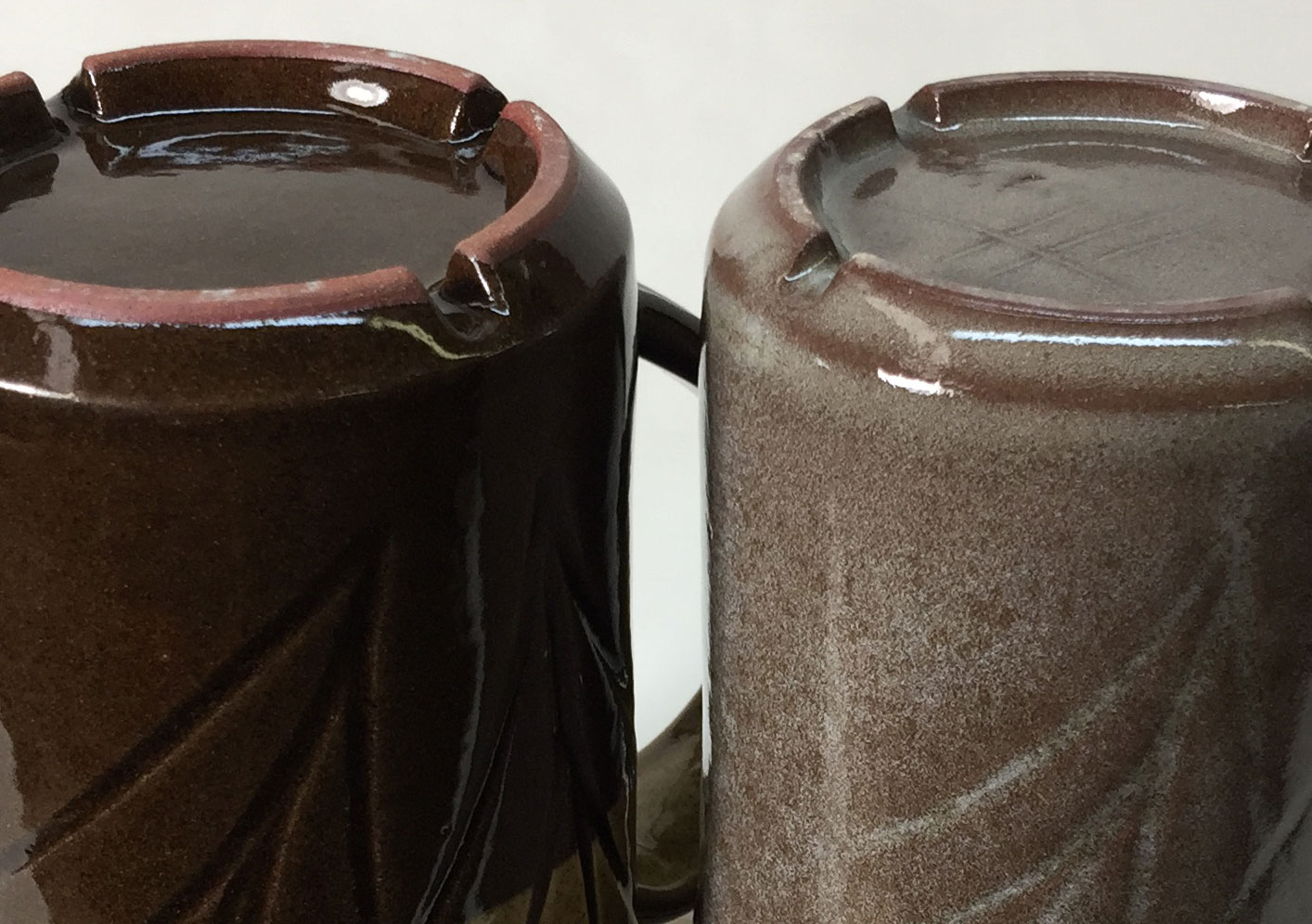 Iron oxide vacuums up glaze bubble clouds at cone 6
