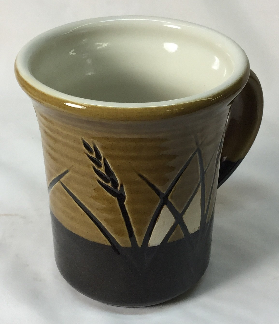 Mug made from a cone 6 black-burning stoneware body