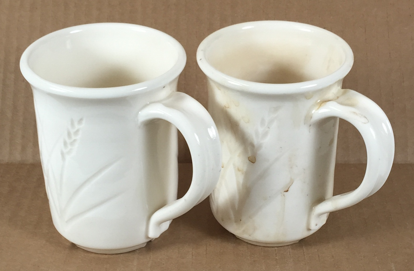 A problem with super-white mugs