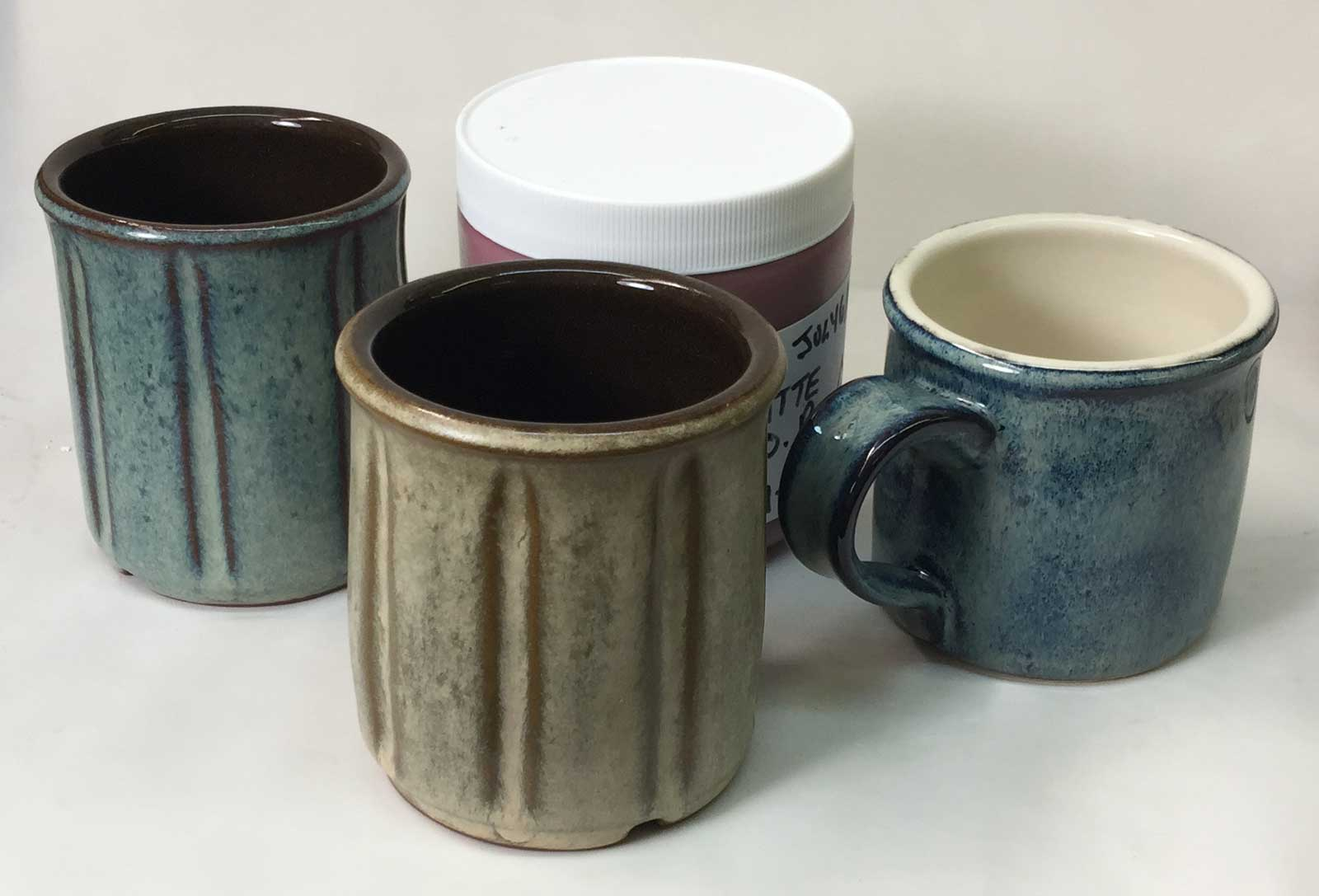 Dipping glaze recipes converted to brushing glazes. Easy and inexpensive.